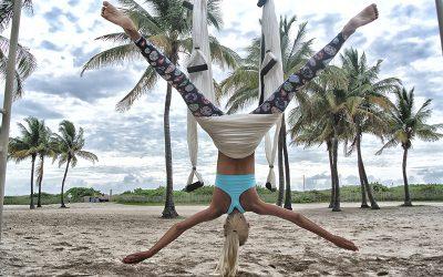 aerial-yoga-anti-gravity-yoga-beach-705122
